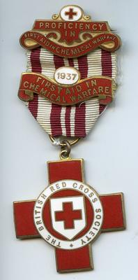 Proficiency badge in Red Cross First Aid in Chemical Warfare
