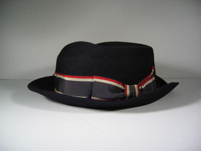 British Red Cross Officer's navy felt hat