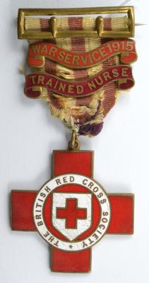 British Red Cross Trained Nurse Technical badge with War Service 1915 bar