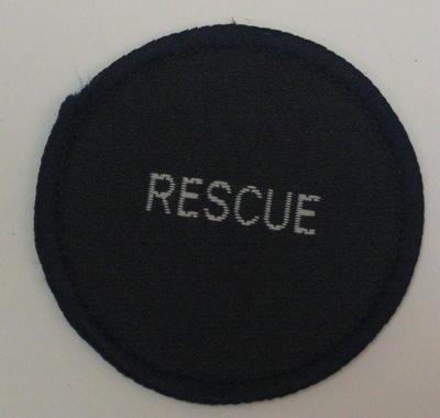 Circular cloth badge: Rescue