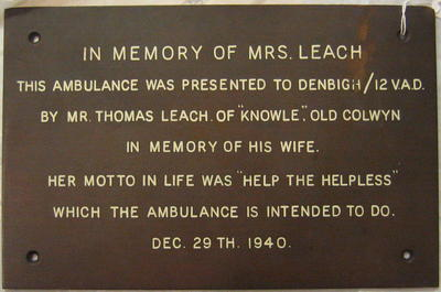 Commemorative metal plaque in memory of Mrs Leach
