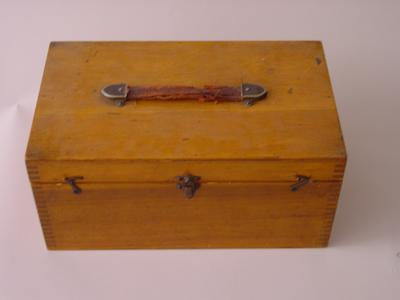wooden box containing stereometer and related equipment