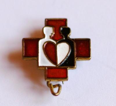 badge: Swiss Red Cross badge
