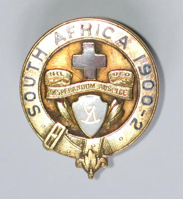 badge awarded for services in South Africa 1900-1902