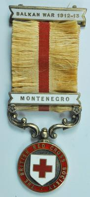 Balkan War medal with Montenegro bar