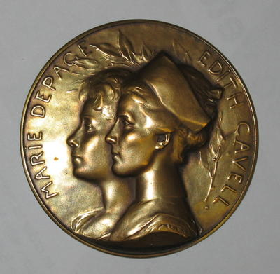 medal commemorating Edith Cavell and Marie Depage by A Bonnetain