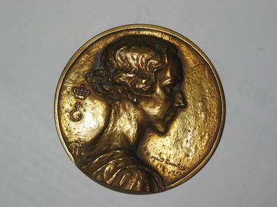 Belgium Red Cross/Queen Elisabeth medallion