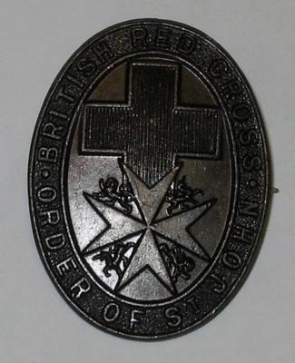 Joint War Committee hat badge (dark brown coloured)