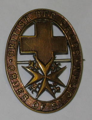 Joint War Committee hat badge (gilt coloured)