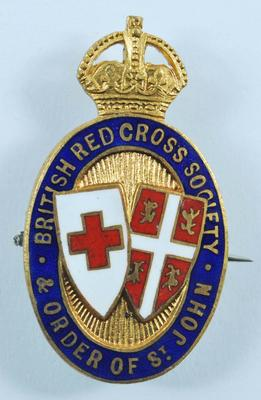Small oval shaped badge: British Red Cross Society Order of St John. Engraved on the reverse: 1189
