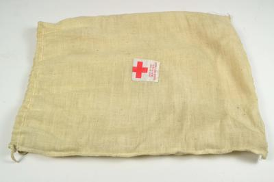 Junior Red Cross giftbag; Relief Equipment/bag; 2971/1