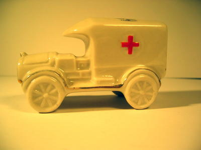 Crested China ambulance