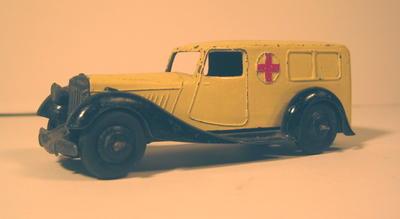 model motor ambulance