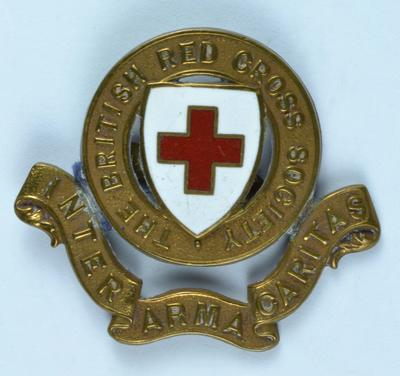 gilt hat badge