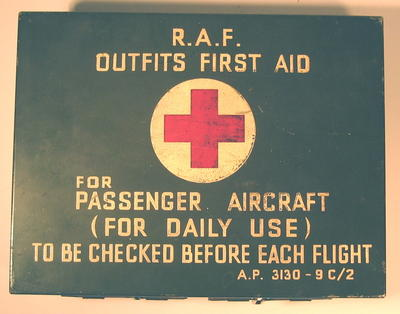 Tin: RAF Outfits First Aid Kit for Passenger Aircraft (for Daily Use).