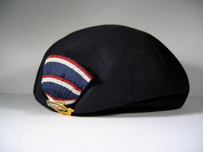 Lady Officer's beret with cockade