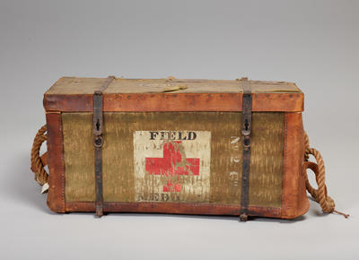 Medical pannier with list of contents pasted inside lid