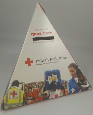 Triangular cardboard collecting box