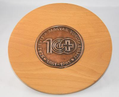 Commemorative plaque: 100 Years of Hungarian Red Cross, 1881-1981