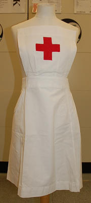 Member's indoor uniform white apron