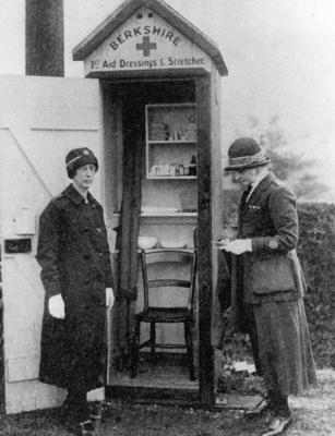 First aid post on the Bath Road, Berkshire