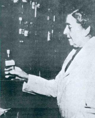 Agatha Christie working as a dispenser