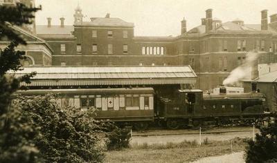 Ambulance Train arriving to Netley Hospital