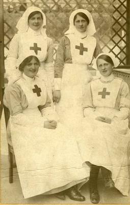 VADs, daughters of Mr Joseph Mason