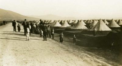 Black and white photograph of the refugee camp in Salonika 1912-1913
