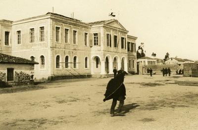 Black and white photograph of the Greek Red Cross hospital in Preveza - Balkan War 1912-1913