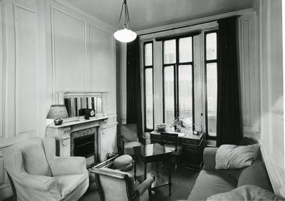 Black and white photograph of the interior of the VAD Ladies Club Cavendish Square