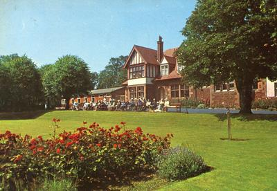 Colour photograph of Kings Knoll Red Cross Holiday Centre, North Berwick and East Lothian