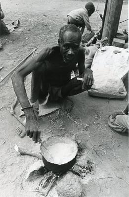 Black and white photograph of Red Cross relief work in Uganda 1980