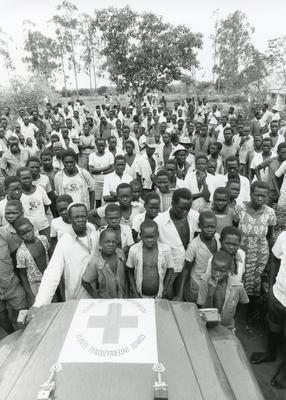 Black and white photograph of Red Cross relief work in Uganda 1981