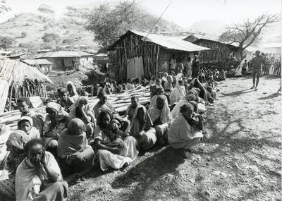 Black and white photograph of Red Cross work in Ethiopia 1981