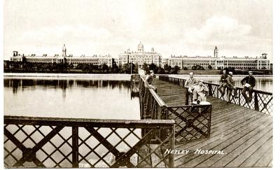 Postcard featuring Netley Hospital, pier and patients; 0324/IN7069