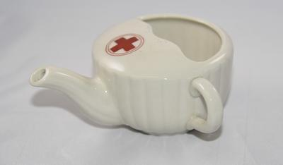 Small feeding cup with Red Cross emblem