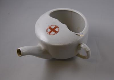 Feeding cup with Red Cross emblem