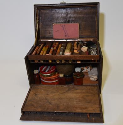 Theatrical makeup set in lockable wooden box to be used for casualty simulation exercises