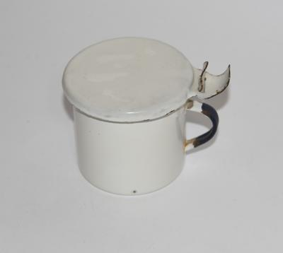 Tin mug, with lid