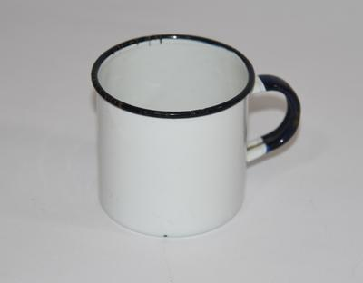 Tin mug, without lid