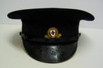 Men's peaked member's hat, with gilt hat badge and strap