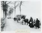 Black and white photograph of refugees leaving Ham during the First World War